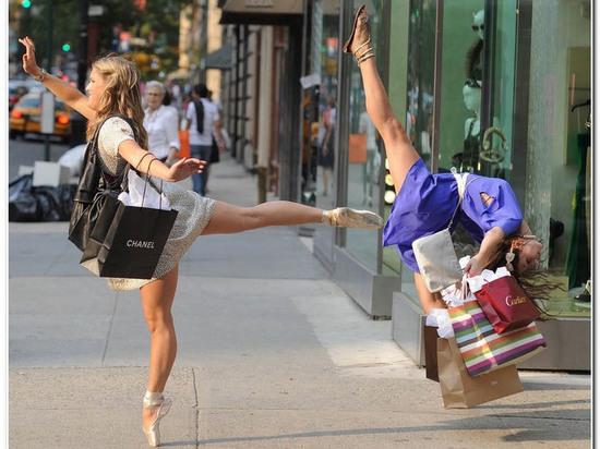Можно ли увидеть новую страну, провести хороший шопинг и при этом не остаться на мели?