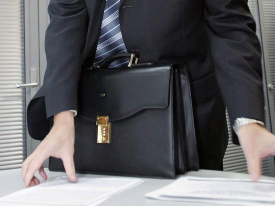 В Казахстане крупные чиновники и налоговики не платят налоги