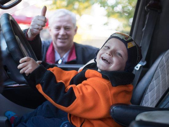 Казахстанские автомобилисты объединяются, чтобы помогать детским домам