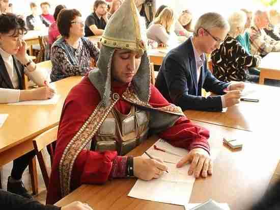 В Алматы обсудили дальнейшее развитие русского языка в Казахстане