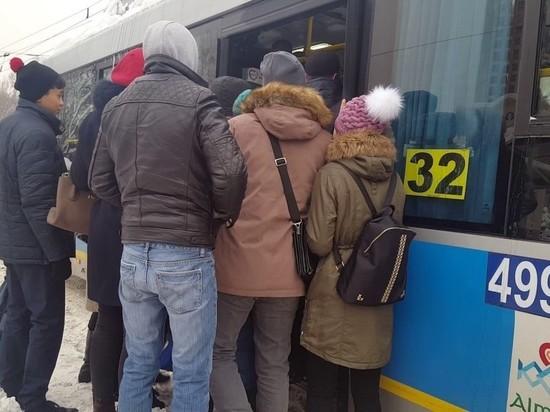 В Алматы ситуация с общественным транспортом не поддается полному контролю
